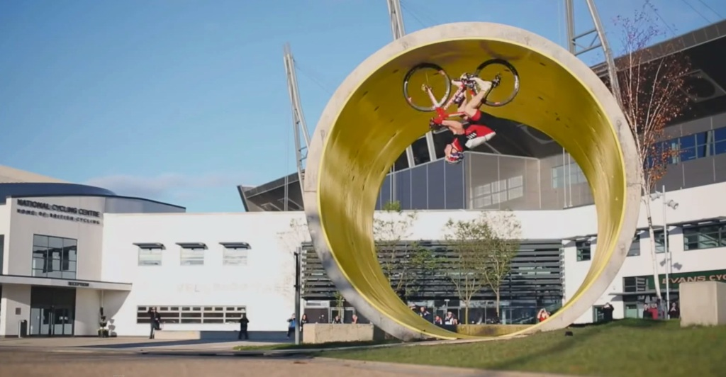 20150515fr-national-cycling-cneter-bicycle-people-are-awesome-stunts-parkour-video